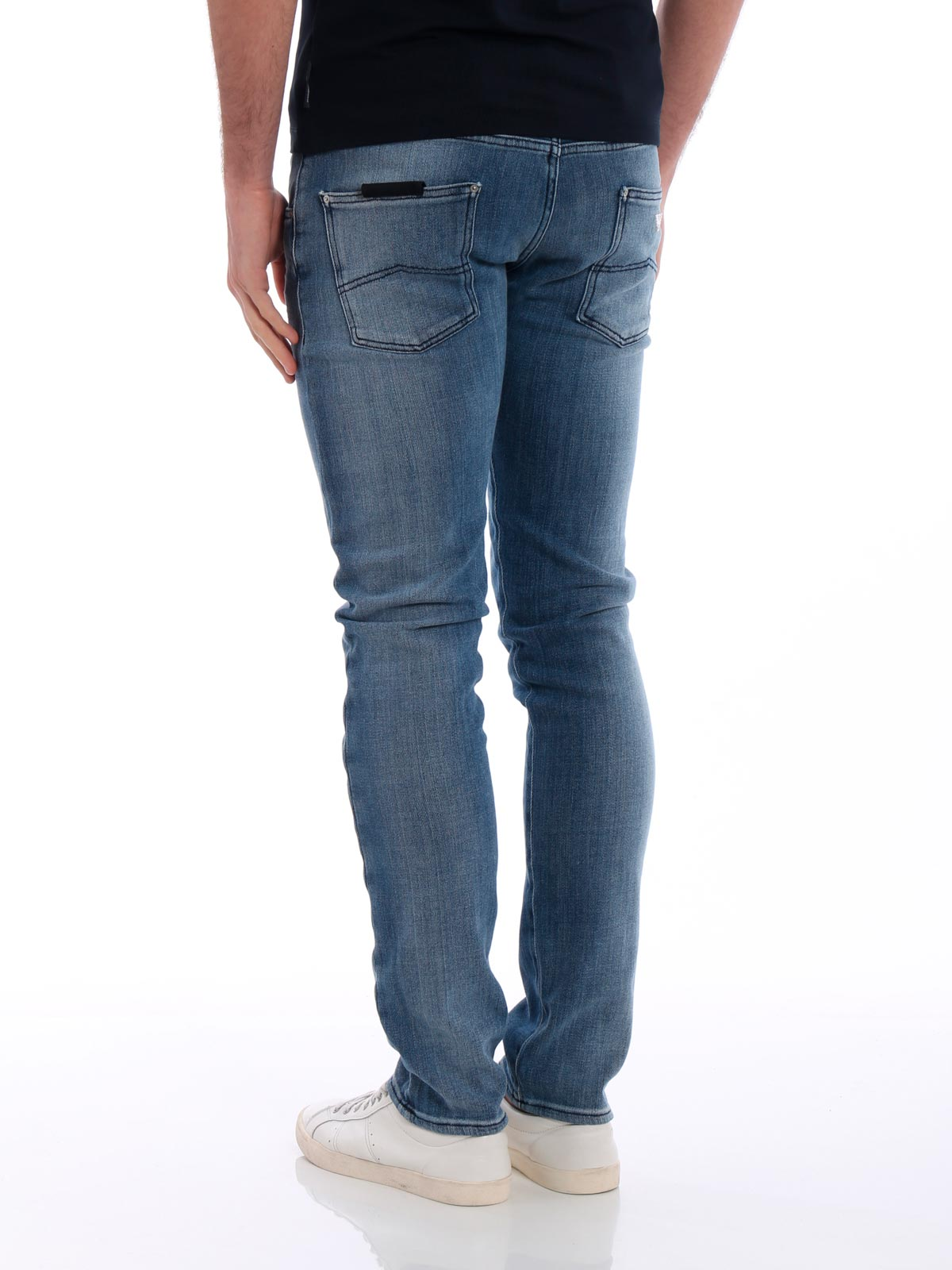 Picture of EMPORIO ARMANI | Men's J20 Washed Jeans
